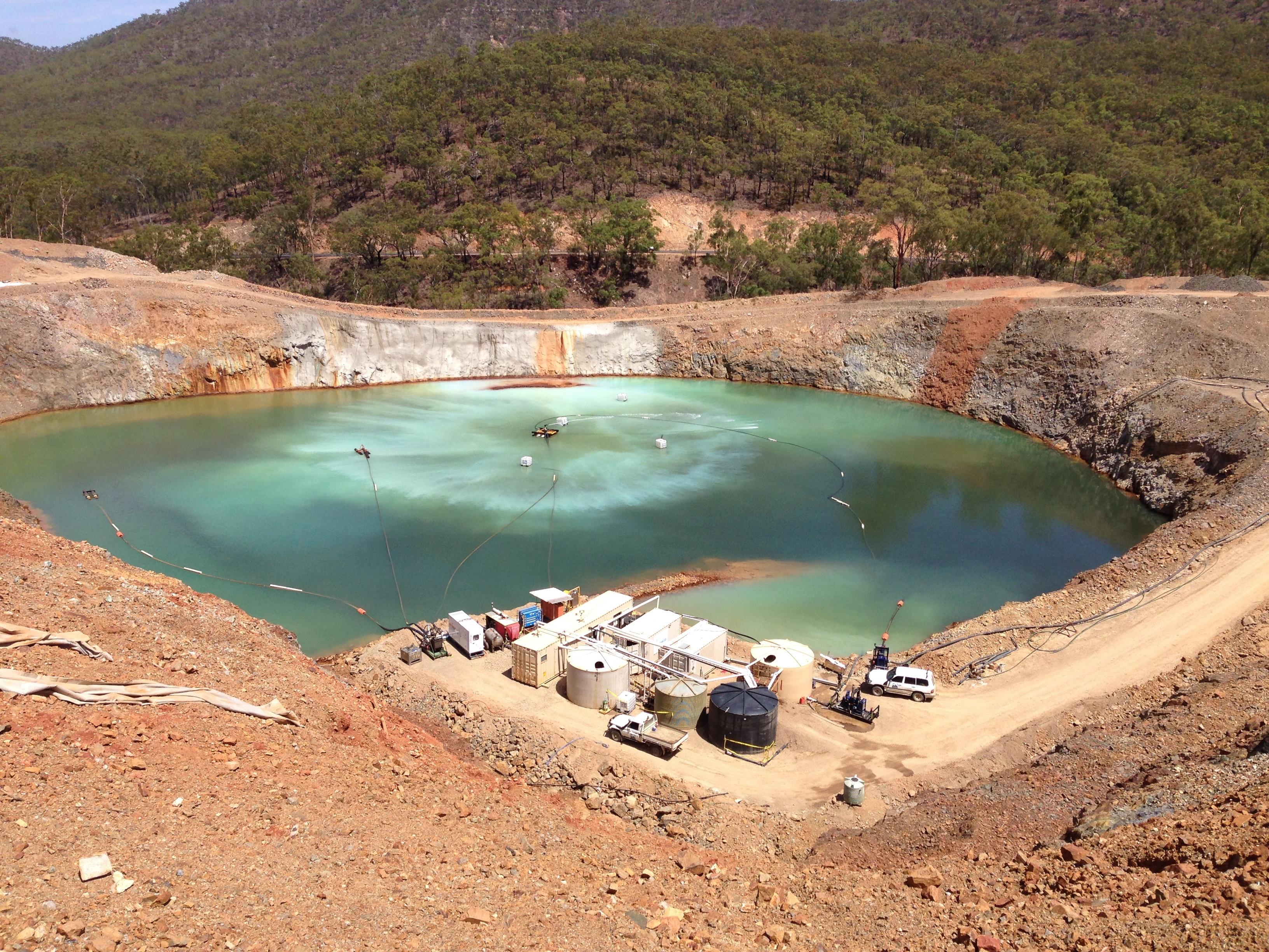 CSIRO_ScienceImage_2181_View_of_a_mine_wastewater_pit.jpg