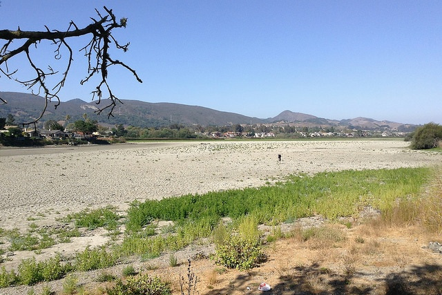 Drought-Stricken Farmers Get Green Light to Use Waterless Dust Control