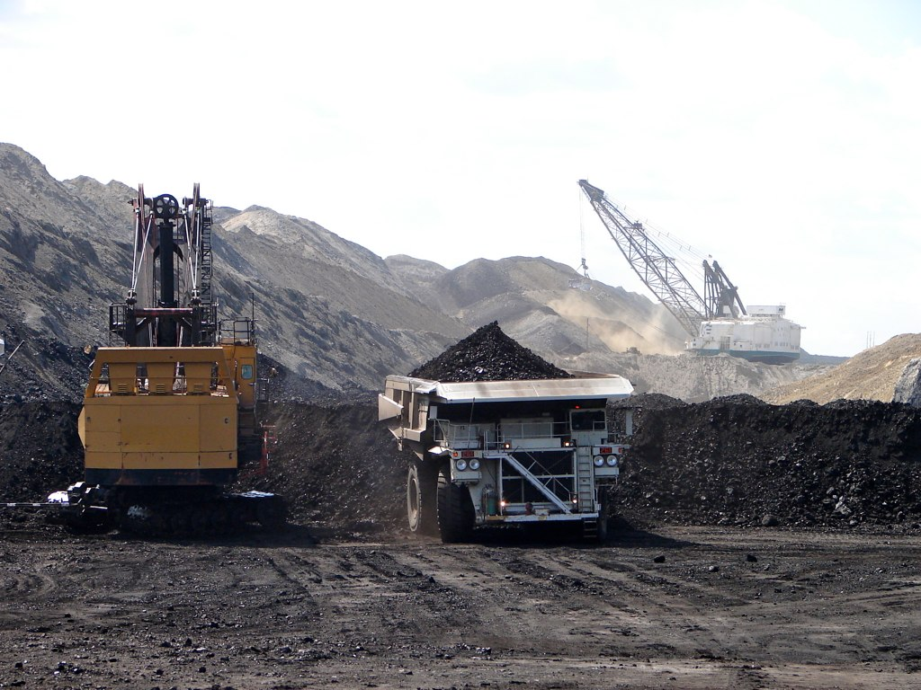 What Are the Plans for Dayton Mountain's Coal Extraction?