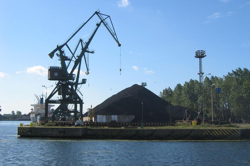 CoalPile2.jpg