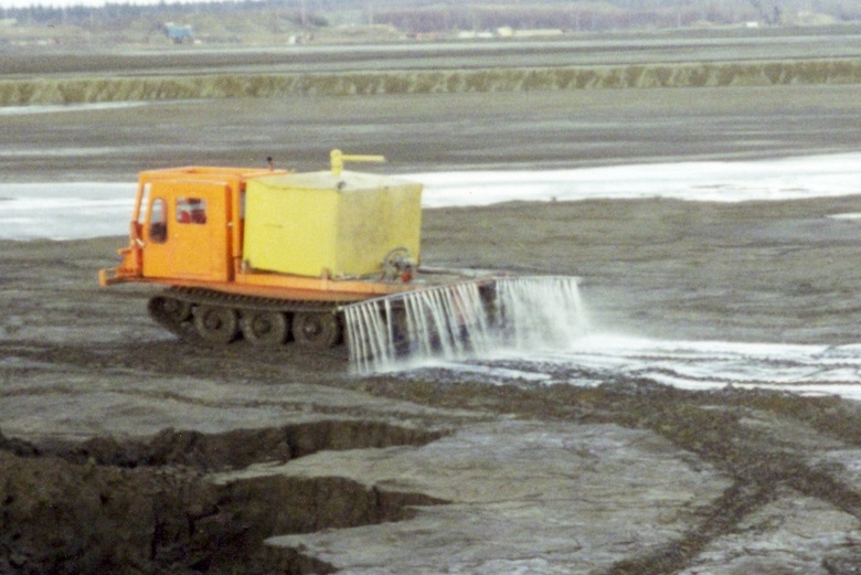 Curbing Fugitive Dust Problems at a Canadian Mine Disposal Site
