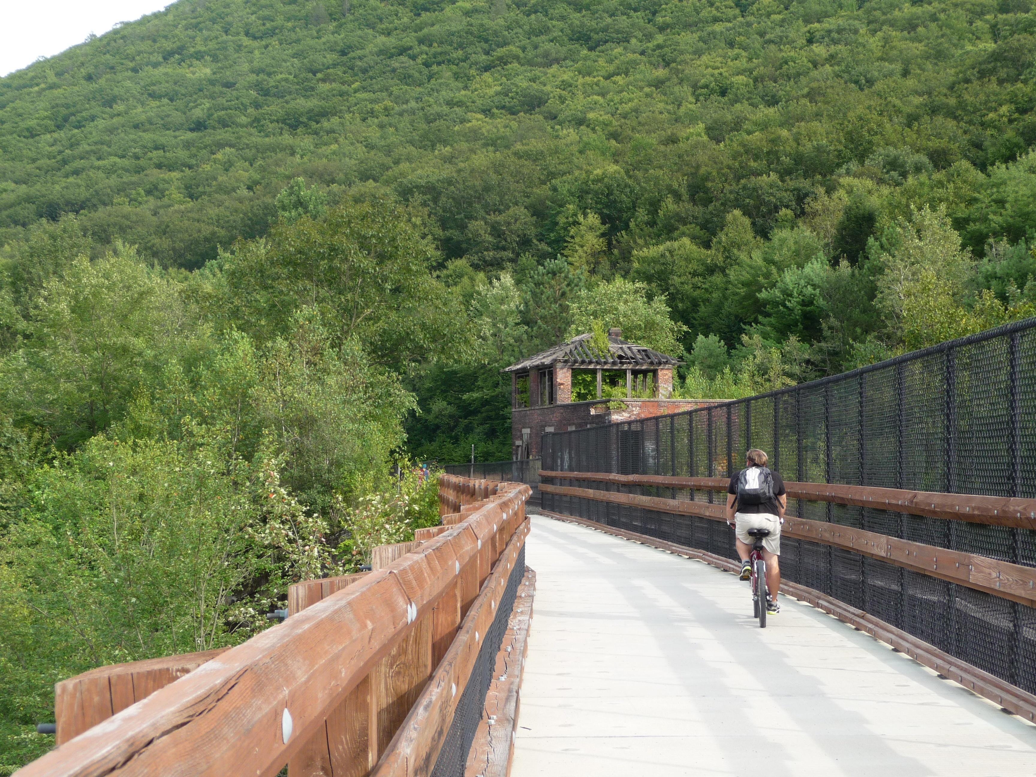 Lehigh_Gorge_Trail_bridge.jpg