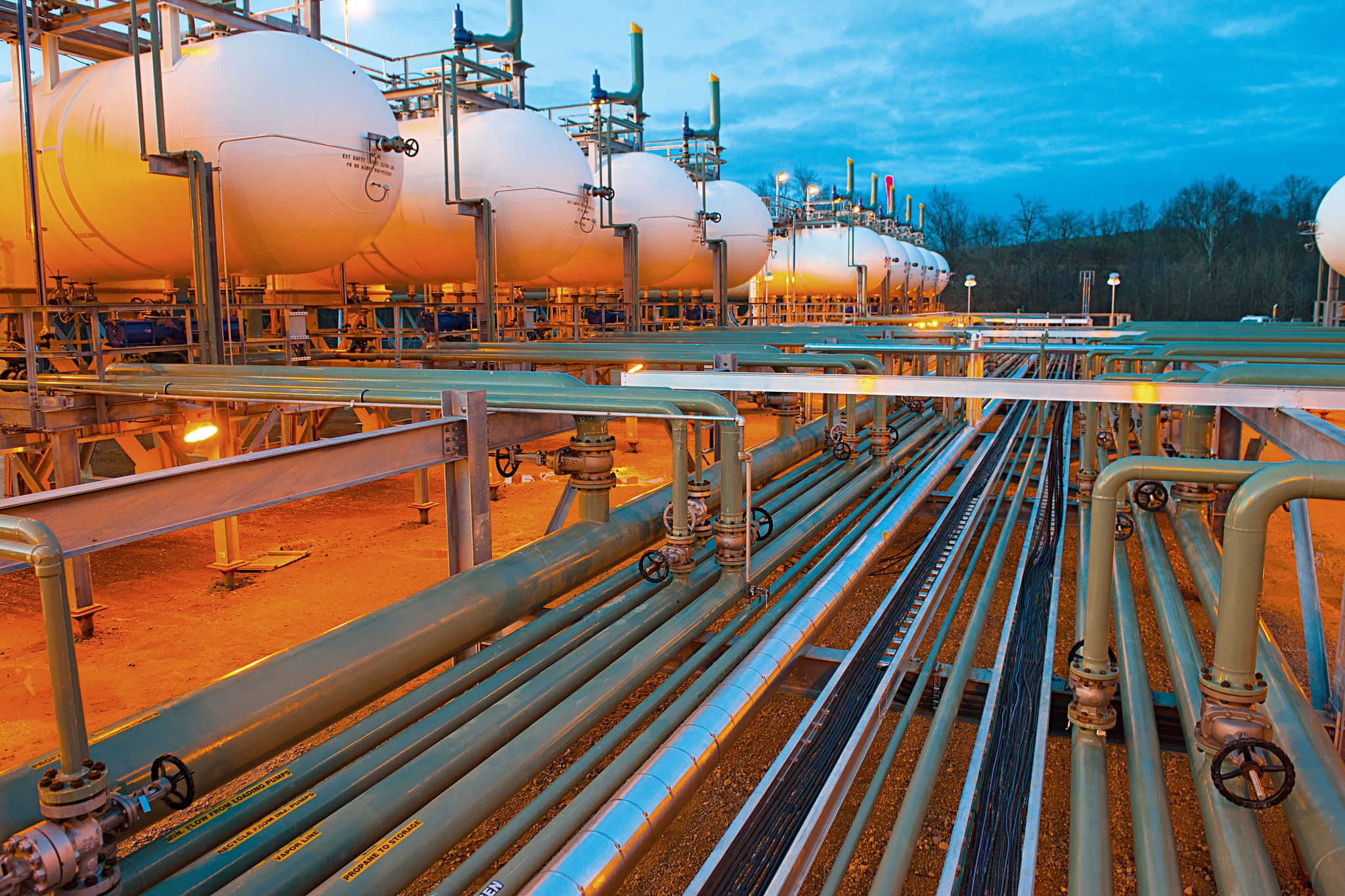 Natural Gas Keeps the Manufacturing Industry Strong