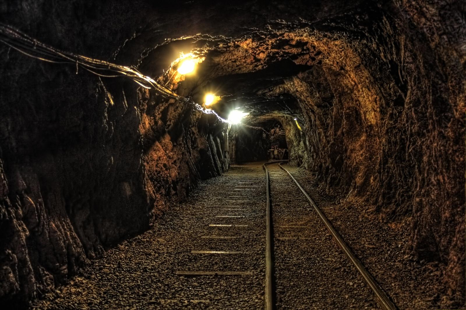 UndergroundMine10.jpg