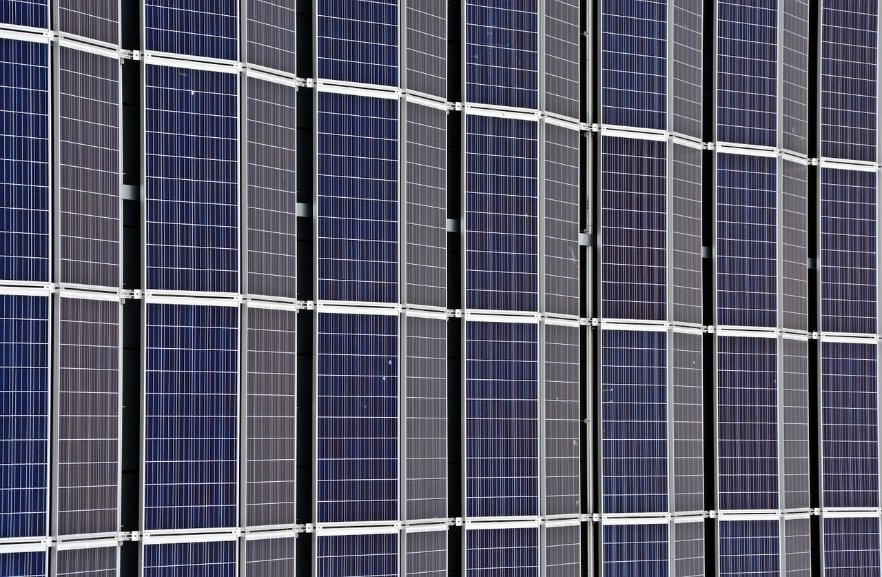 These Countries Are at the Forefront of Solar and Wind