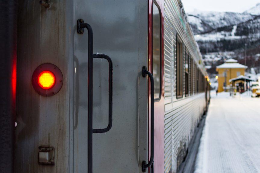 a user's guide to zero gravity third rail
