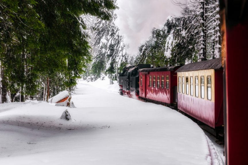 winter-train