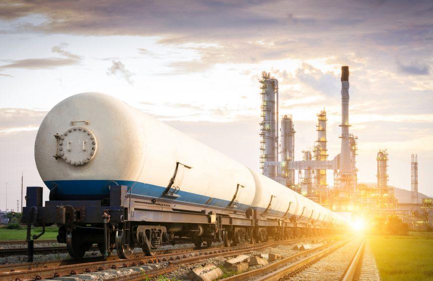 oil-boom-railroad