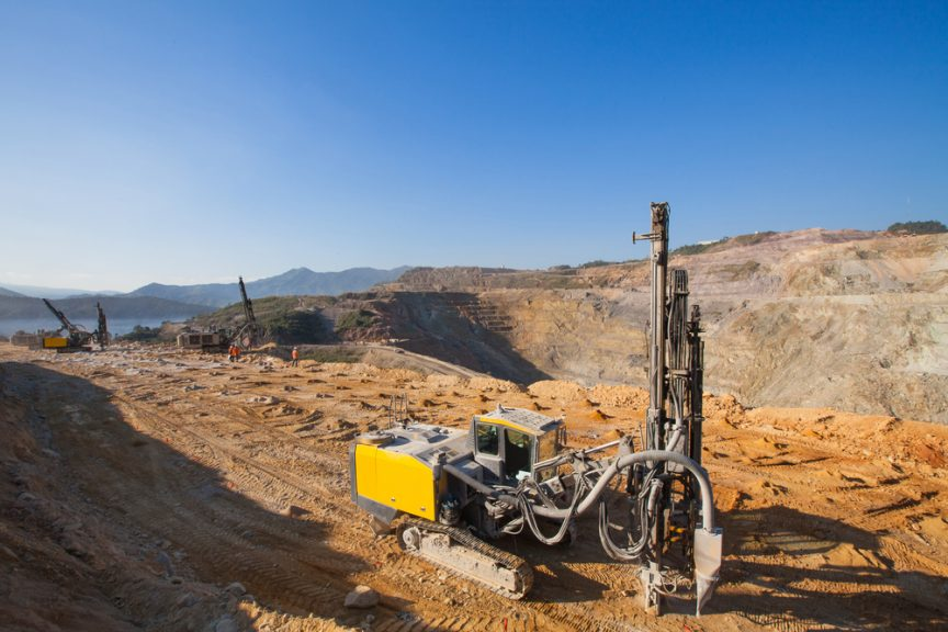 mining-equipment-in-open-pit-mine